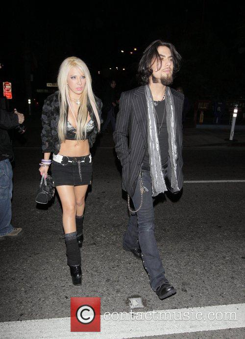 Dave Navarro and female friend Arriving at the Crown...