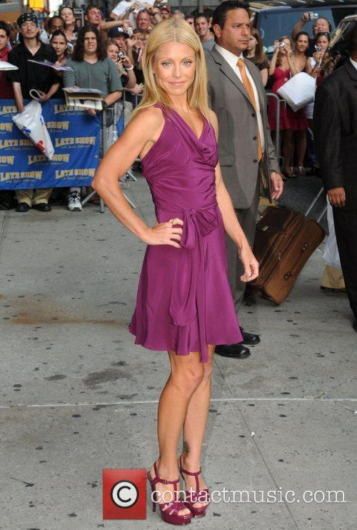 Kelly Ripa, David Letterman and The Late Show With David Letterman 6