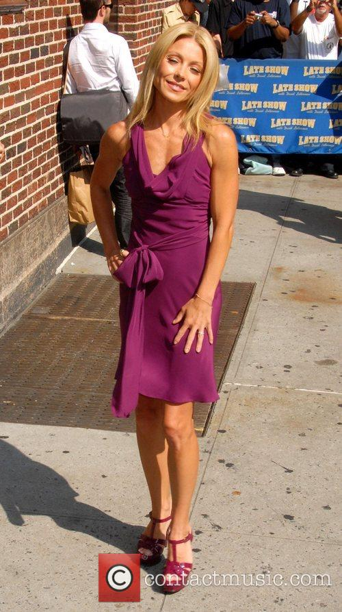 Kelly Ripa, David Letterman and The Late Show With David Letterman 8