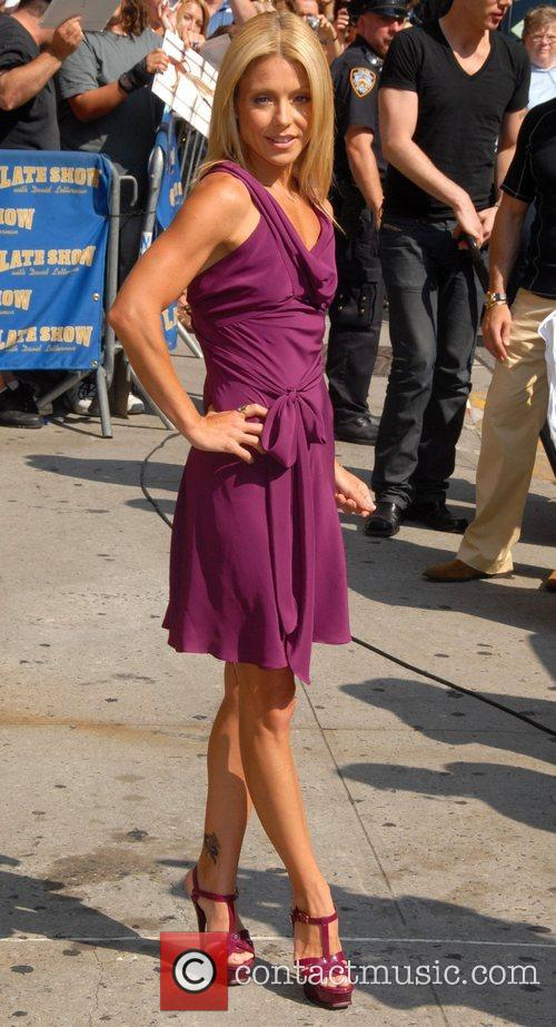 Kelly Ripa, David Letterman and The Late Show With David Letterman 9