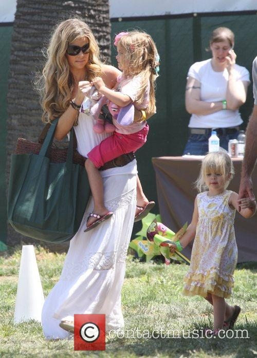 Denise Richards with her children having a fun...
