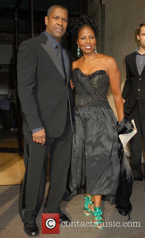 Denzel Washington and His Wife Pauletta Pearson 10