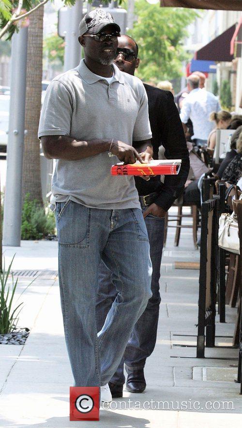 'Blood Diamond' star Djimon Hounsou out having lunch...