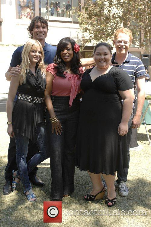 Molly Stanton and Niecy Nash 1