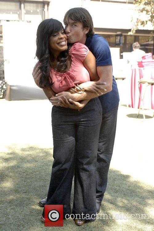 Niecy Nash and Jerry O'connell 3