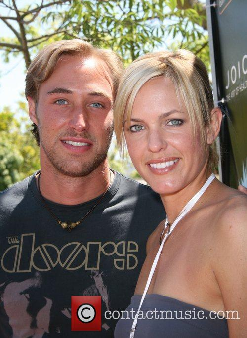 Kyle Lowder and Arianne Zuker  Reality Cares...