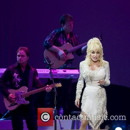 Dolly Parton performing live 2008