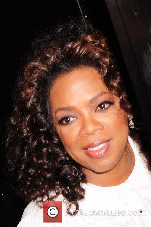 Oprah Winfrey arriving at the Dorchester Hotel