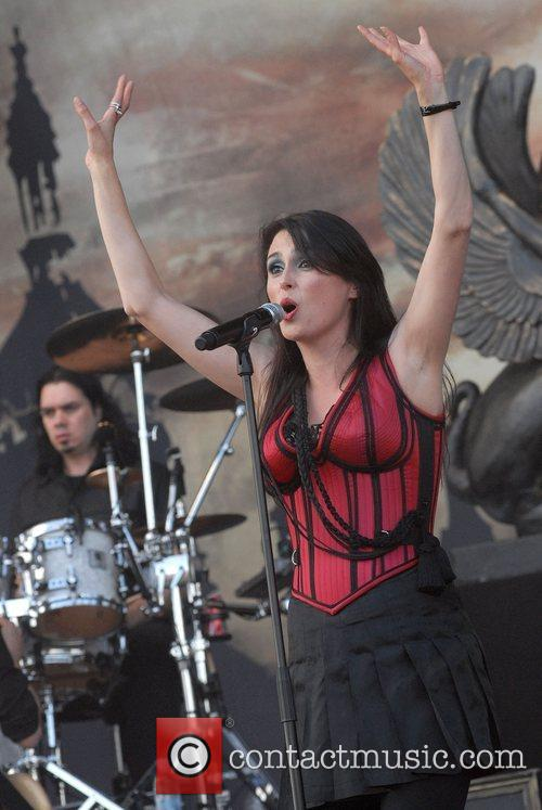 Within Temptation 14
