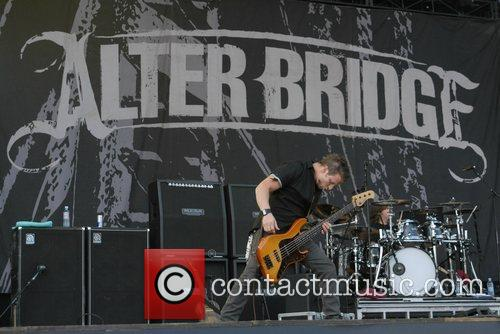 Alter Bridge 2