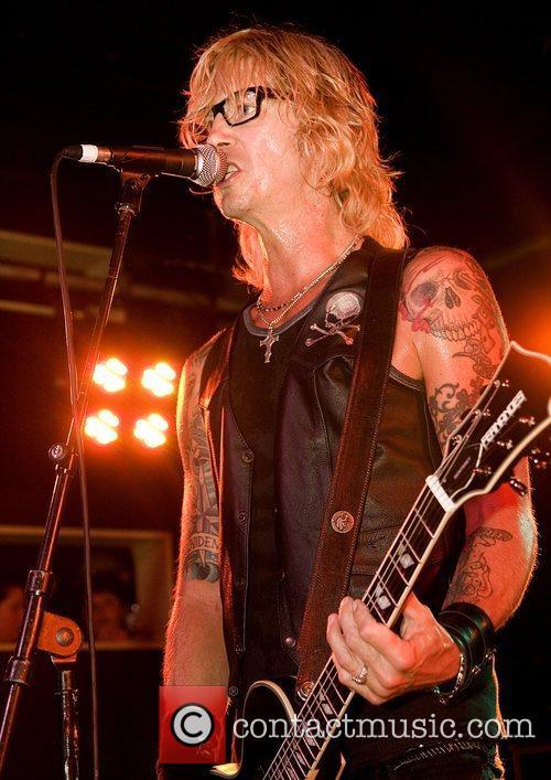 Duff Mckagan 9