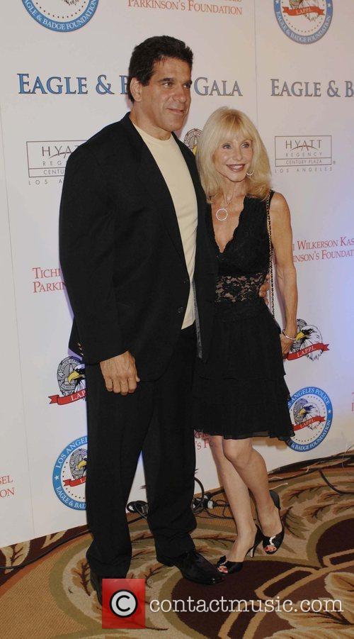 Lou Ferrigno, Carla Ferrigno 2008 Eagle & Badge...