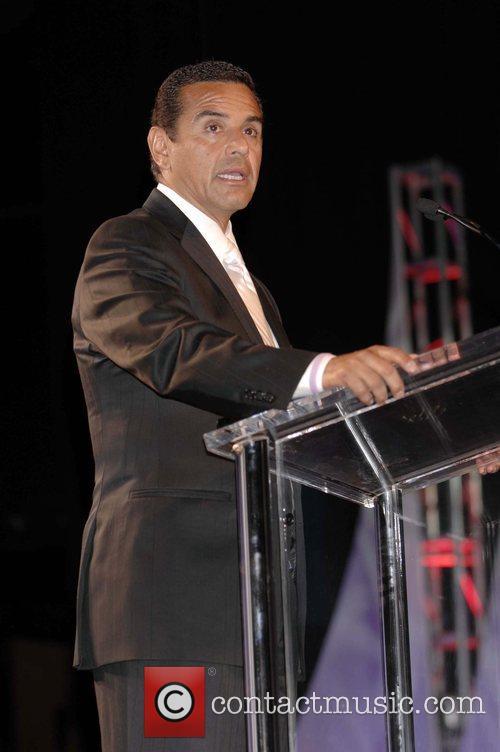 Mayor Antonio Villaraigos 2008 Eagle & Badge Gala...