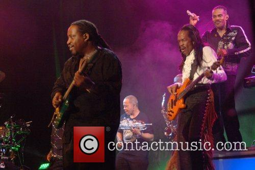 Earth Wind And Fire 1
