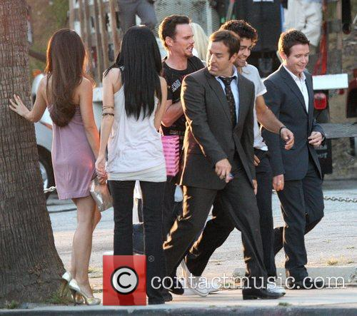 Kevin Dillon, Adrian Grenier, Hbo and Jeremy Piven 4