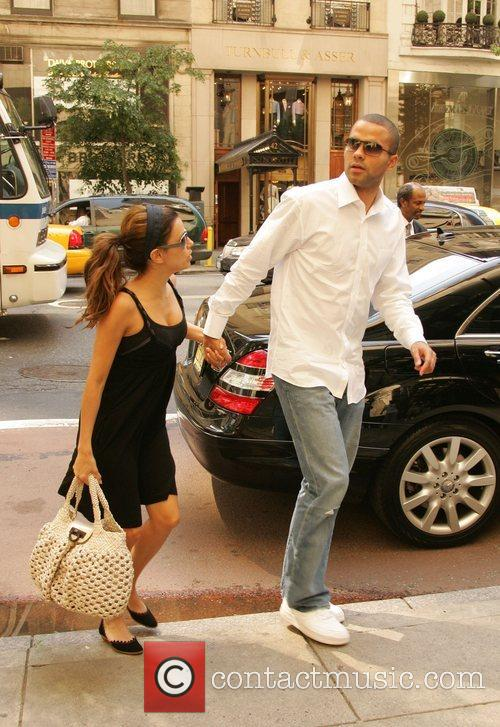 Eva Longoria, Newlyweds, Tony Parker and Manhattan Hotel 3