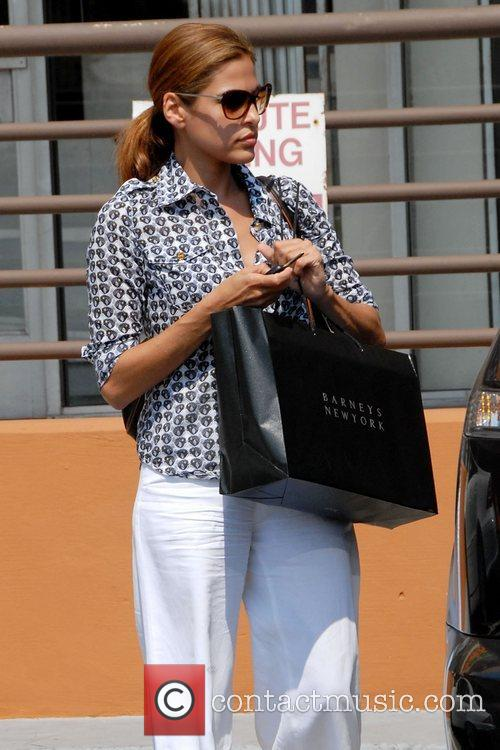 'Ghost Rider' star Eva Mendes leaving a liquor...