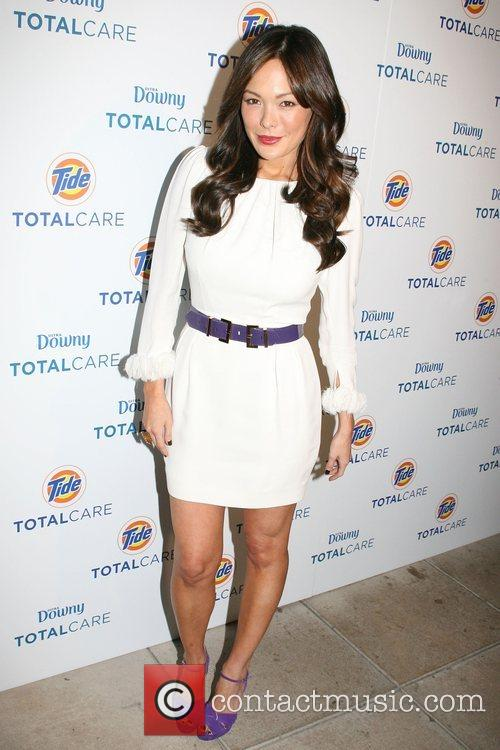 Lindsay Price Tide launch party for Fall's Hottest...