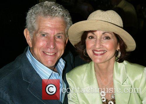 Tony Roberts and Robin Strasser