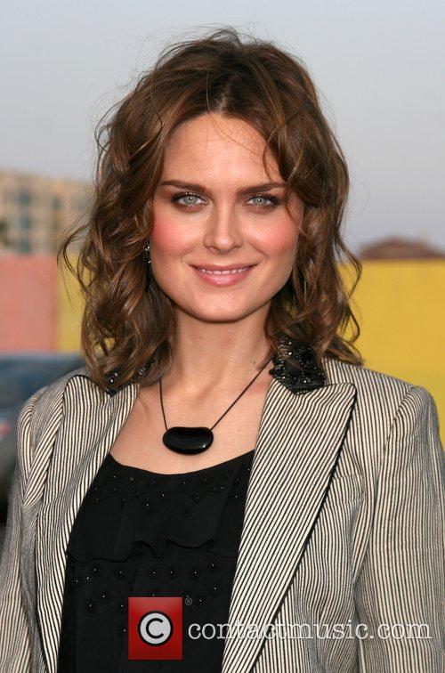Emily Deschanel 6
