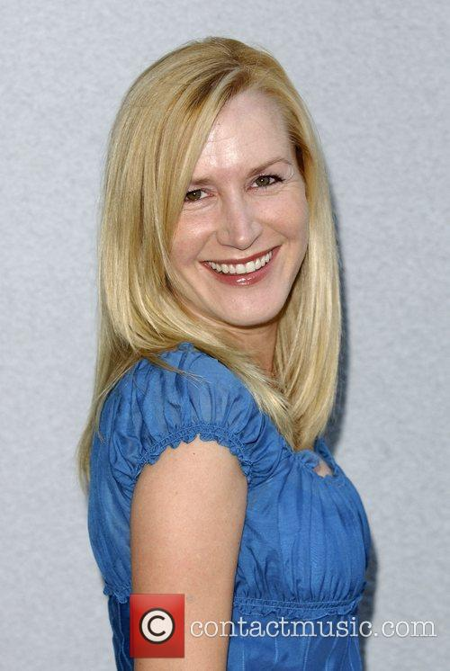 Angela Kinsey and Survivor 4
