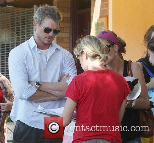 Eric Dane and Rebecca Gayheart Adopting An Injured Puppy In While Shopping In Los Angeles 6