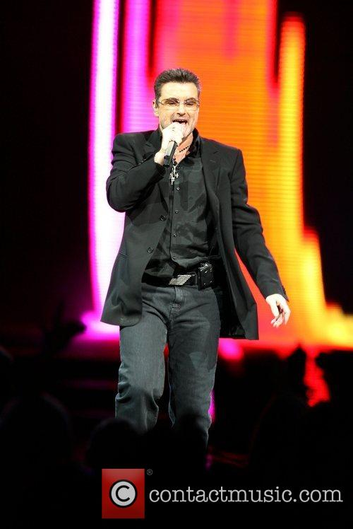 Performs at New York City's Madison Square Garden