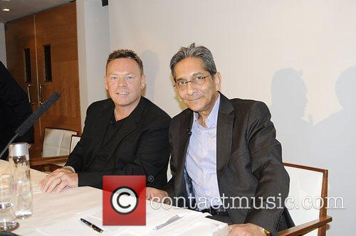 Ali Campbell and Nelson Mandela 6