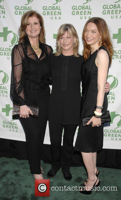 Arianna Huffington, Lyn Lear and Melanie Ellison 1