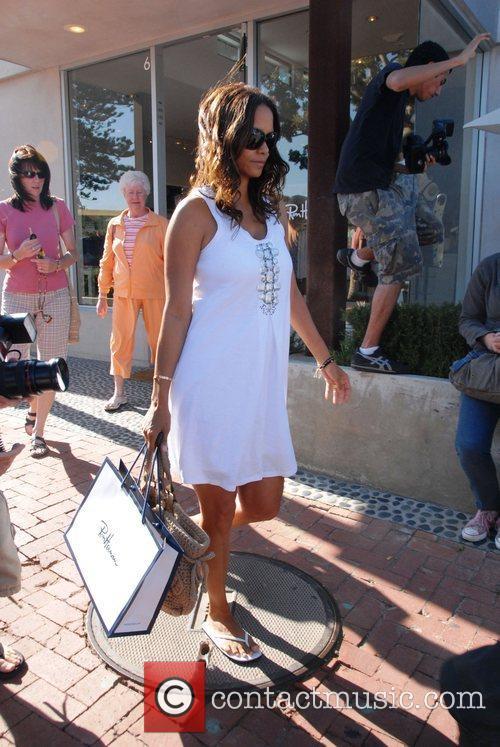 Halle Berry 35