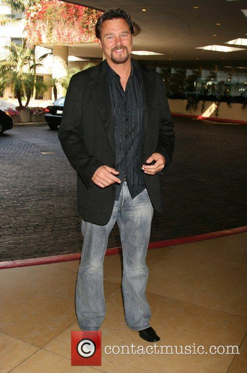 Greg Evigan 4