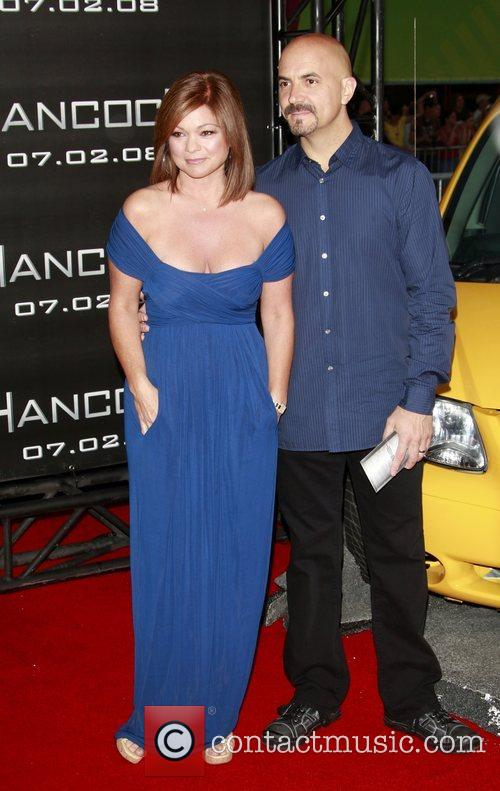 Armasloaic blog valerie bertinelli engaged to tom vitale for Who is valerie bertinelli married to