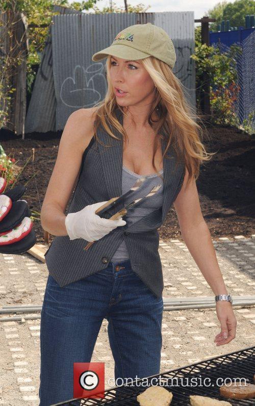 Heather Mills 4