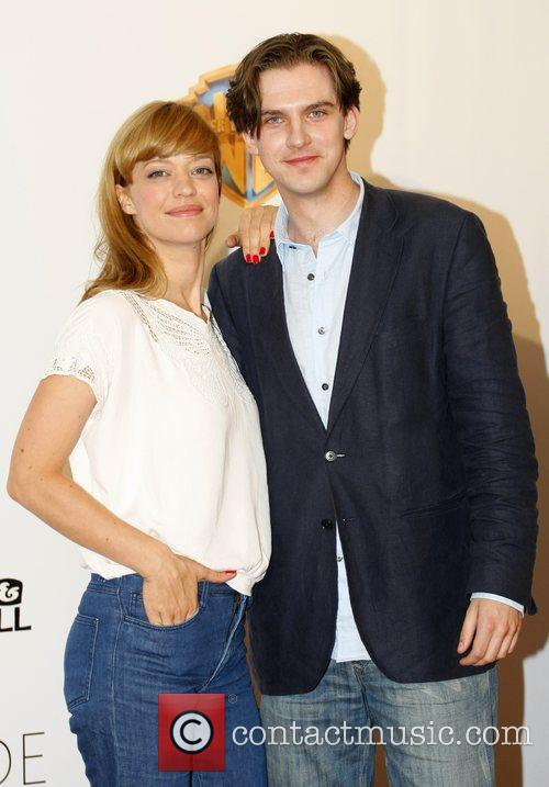 Heike Makatsch and Dan Stevens 8