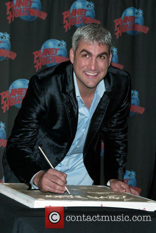 Taylor Hicks, American Idol, Planet Hollywood and Times Square 4