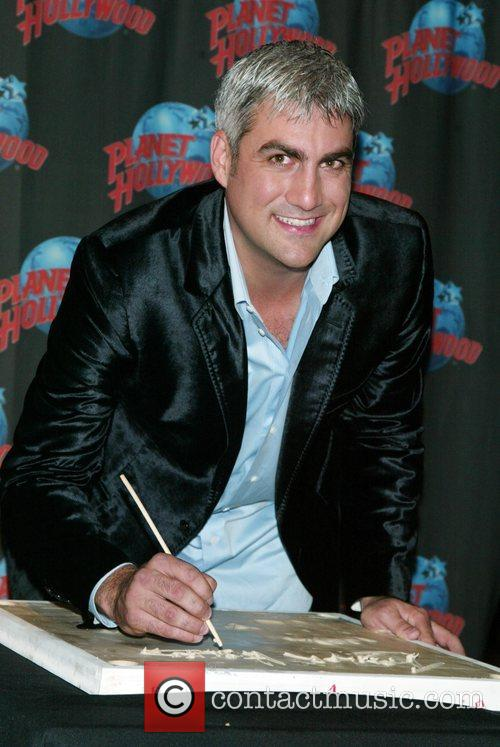 Taylor Hicks, American Idol, Planet Hollywood and Times Square 5