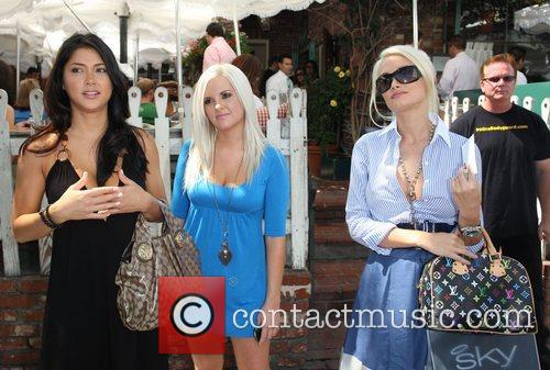 Guest, Guest and Holly Madison 'The Girls Next...