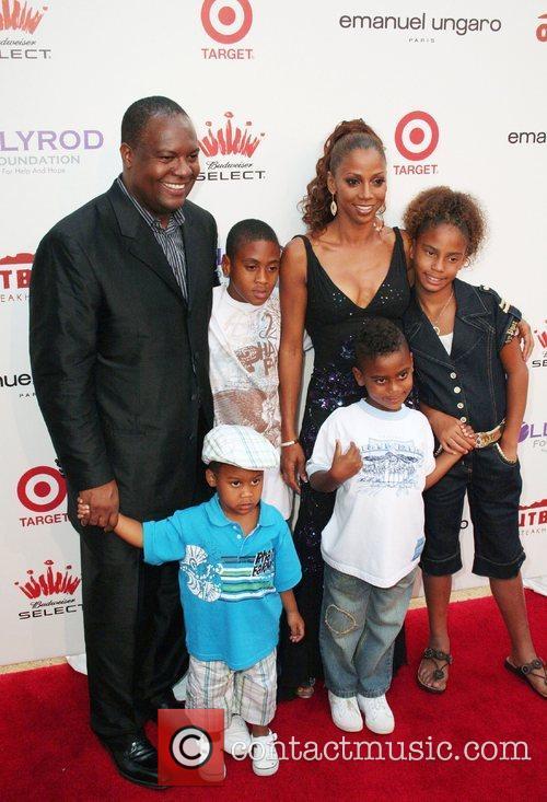 Rodney Peete & Holly Robinson-Peete with children Rodney,...