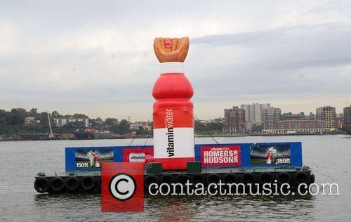Atmosphere Vitamin Water hosts 'Homer in the Hudson'...
