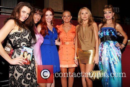 Alicia Arden, Alana Curry, Deedee Bigelow, Phoebe Price and Steven Spielberg 5