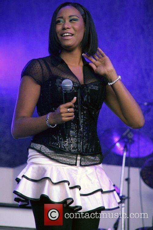 Leah Lauder Of X-factor 2007 Girl Band Hope 1