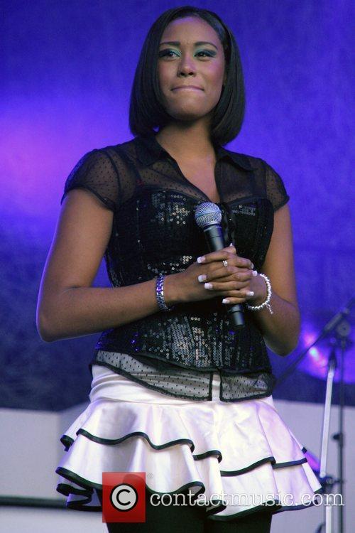 Leah Lauder Of X-factor 2007 Girl Band Hope 2