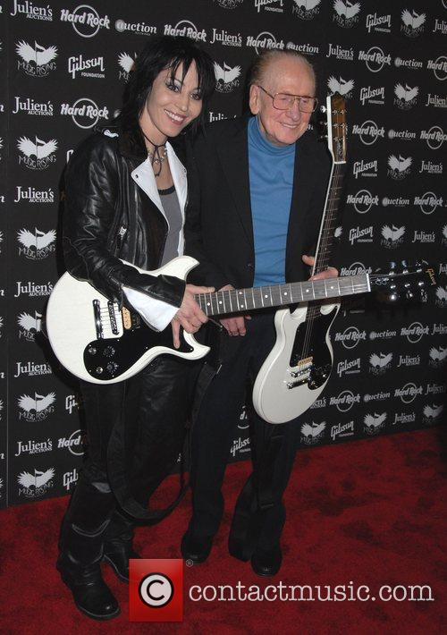 Joan Jett and Les Paul 5