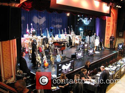 Icons Of Music II auction benefiting Music Rising...