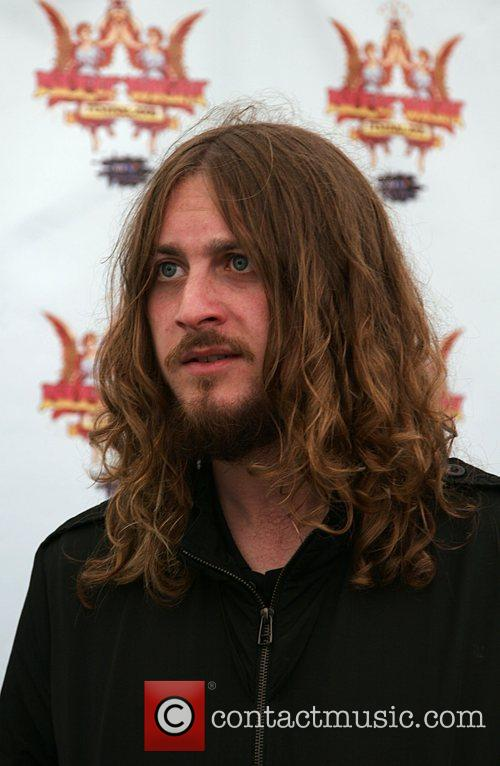 Dave McCabe of The Zutons backstage Isle of...
