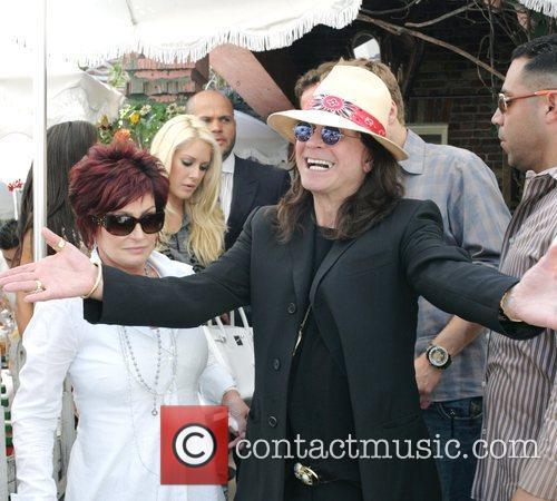 Sharon Osbourne and Heidi Montag 5