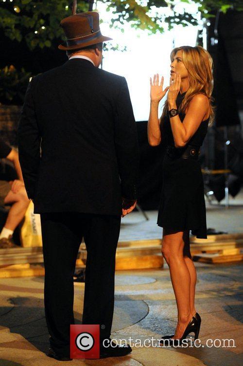 Alec Baldwin and Jennifer Aniston 1
