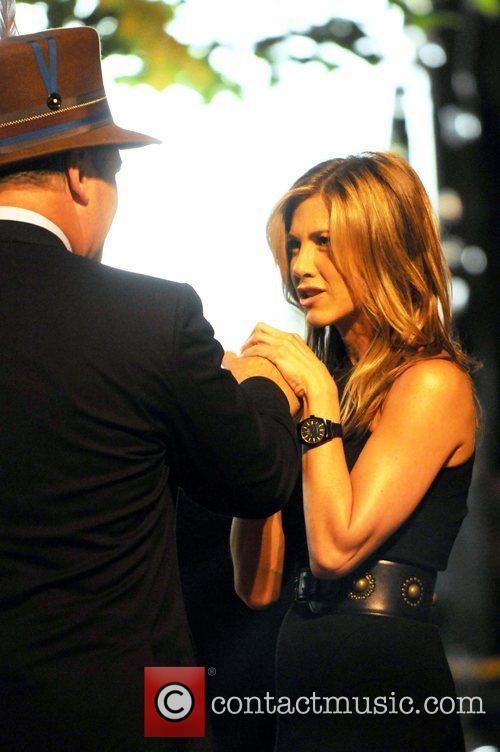 Alec Baldwin and Jennifer Aniston 3