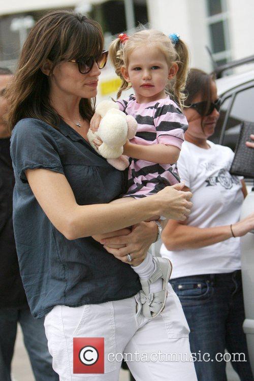 Jennifer Garner and Her Daughter Violet Affleck 10