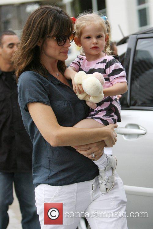 Jennifer Garner and Her Daughter Violet Affleck 3